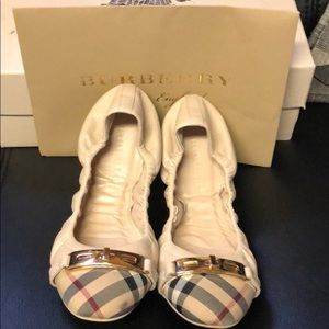 Selling my slightly used Burberry shoes